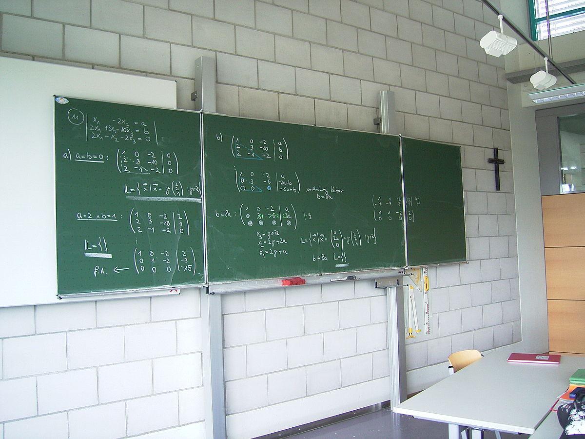 no a effigi e simboli nella scuola laica